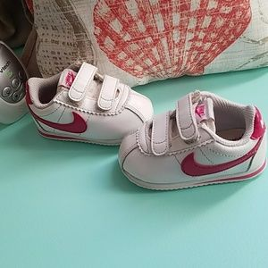 Nike Cortez baby shoes size 4C ,pink,white